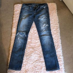 American Eagle size 2 Short skinny jeans